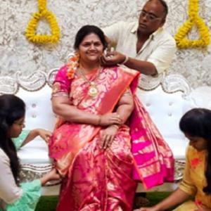 Penghormatan Pada Isteri, Lelaki Bina Patung Lilin Bukti Cinta Sejati