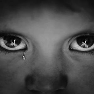 Budak Perempuan Lari Rumah Lepas Hampir Botak 'Didisiplinkan' Bapa