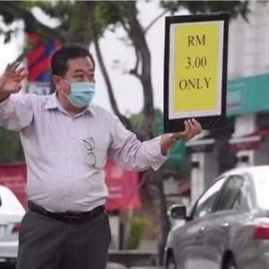 Bos Sanggup Turun Padang, Jual Makanan Tepi Jalan Untuk Selamatkan Hotel