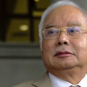 Kerajaan Tak Sensitif, SOP Rasmi MKN Tak Beri Gambaran Tepat CNY - Najib