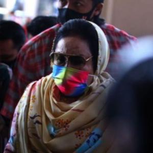 Tiga Pertuduhan Rasuah, Rosmah Mansor Diperintah Bela Diri