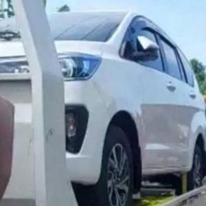 """""""Penduduk Kampung Jadi 'Jutawan Segera', Ramai Sibuk Beli Kereta"""""""