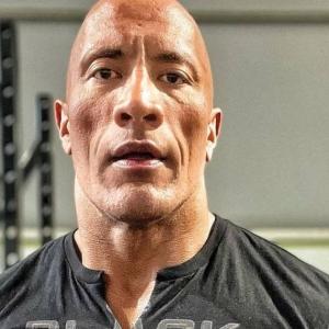 """""""Saya Tak Main-main"""" - The Rock Sedia Bertanding Jawatan Presiden AS"""