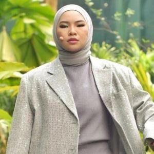 """""""Nampak Macam Hina"""" - Aina Abdul Pernah Cari Rezeki Di Kelab Malam"""