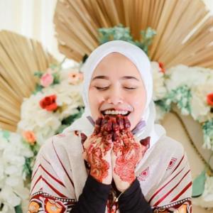 Jari Berbonjol Tak Macam Orang Lain, Wanita Bersyukur Suami Terima Kekurangan