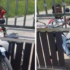 """""""Tolonglah Abe!"""" - Kanak-kanak Tunggang Motor Rempuh Pagar Rumah Orang"""