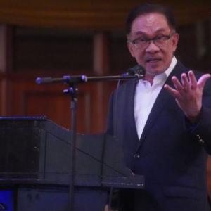 """""""Kita Tak Boleh Terus Dengan PKP Dan Biar Rakyat Lapar"""" - Anwar"""