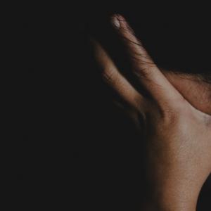 Lelaki Di Klang Kurung Bini Sebab Tak Sediakan Sarapan