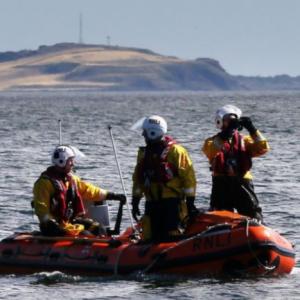 Hampir  Lemas Berenang Di Laut 2 Jam, Nak Jumpa Boyfriend Atas Kapal