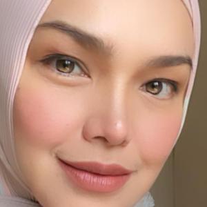 """""""Letak Atau Tidak Orang Tetap Mengata"""" - Siti Nurhaliza Dah Vaksin"""