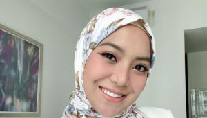 Mawar Rashid Sumbang Peralatan Untuk Hospital Selepas Sekeluarga Menderita Dijangkiti Covid-19