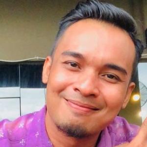 """Syed Ali Disihir- """"Ada Orang 'Tabur Barang' Dekat Kedai Saya"""""""
